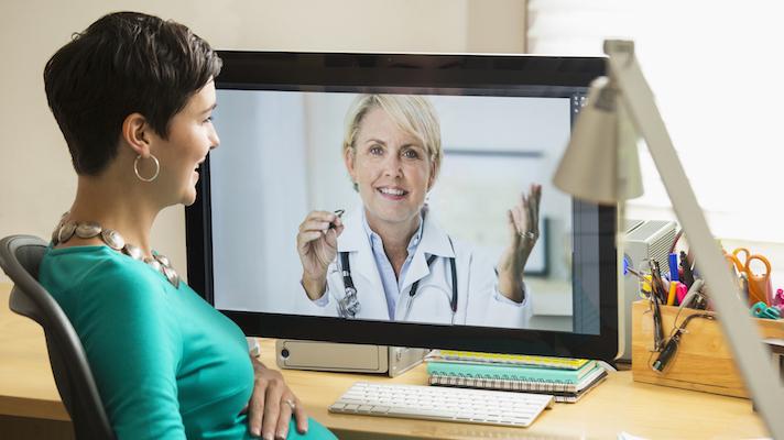 How Doctors Are Providing Consultation Through Social Media In UAE